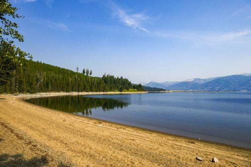Coffin Lake