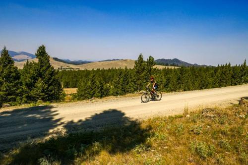 Highland Gravel Ride