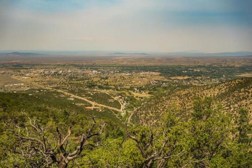 S Boundary Trail