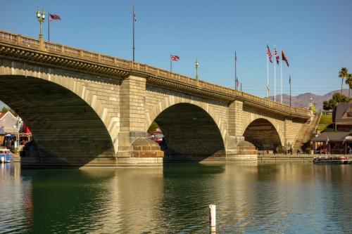 London Bridge 1