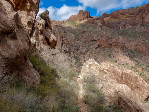 Arch Rock hike 11