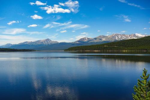 Turquise Lake